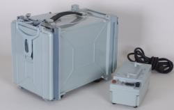 UKW-Funkempfänger R-323M neuwertig